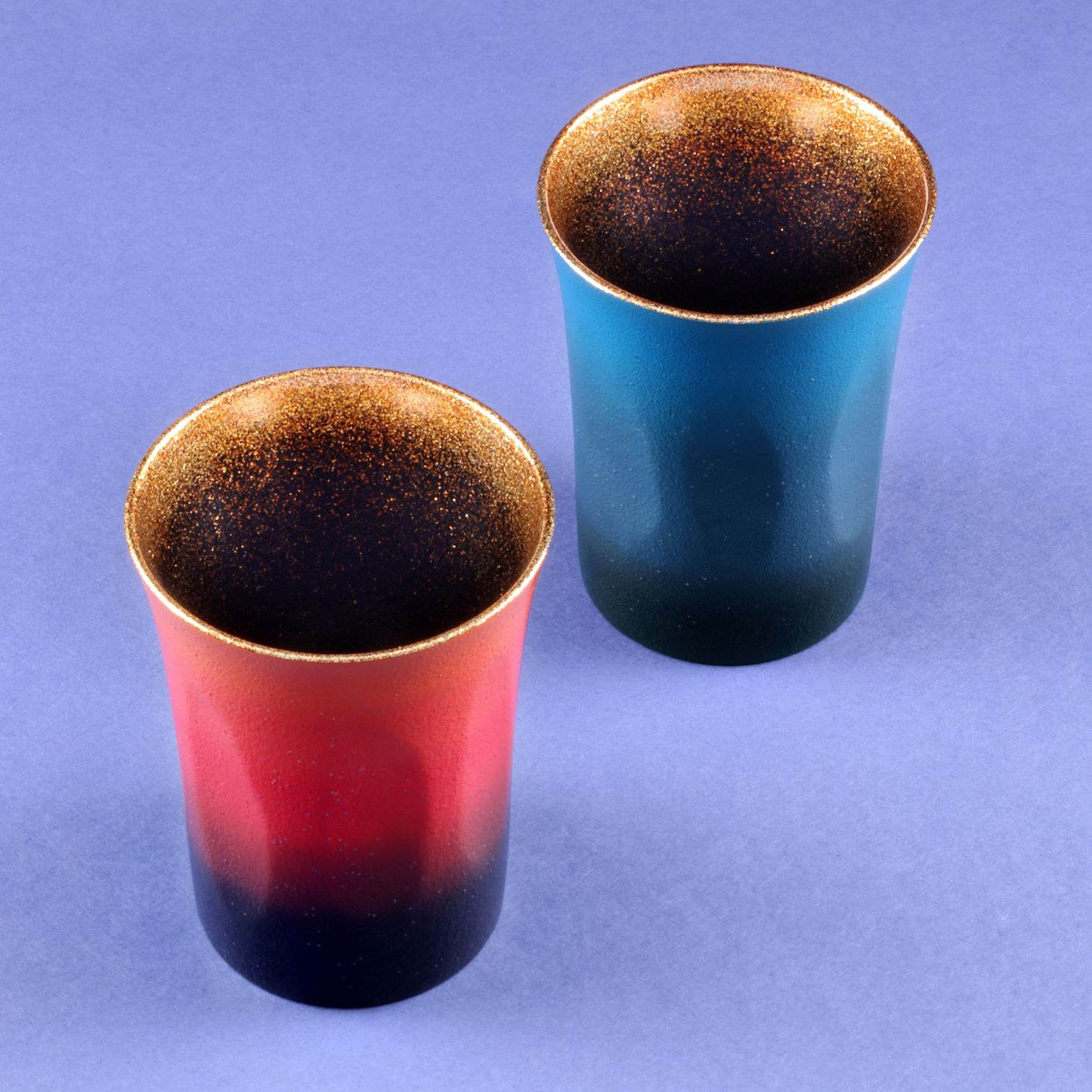 【522】欅の漆塗りカップ(日・漆芸 よした華正工房)(週刊新潮紹介)