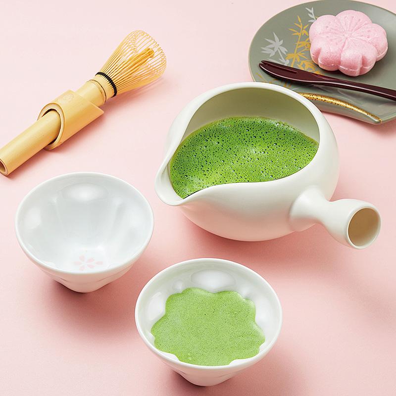 美濃焼の白釉抹茶たてセット(日・ヤマキイカイ)(週刊新潮DM紹介)